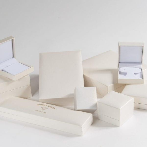 קופסאות דמוי עור פנינה